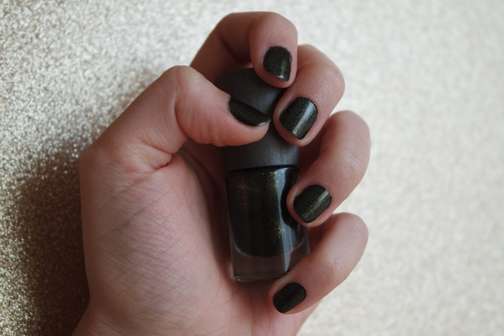 vernis ongles ultimate boho green makeup