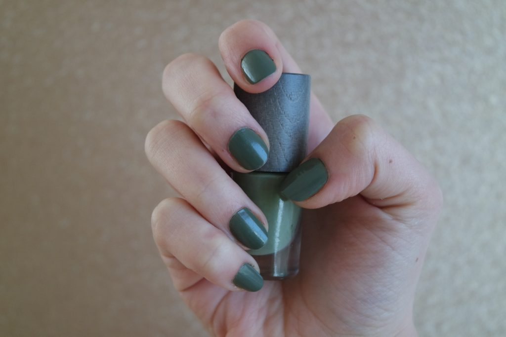 vernis ongles tribu boho green makeup