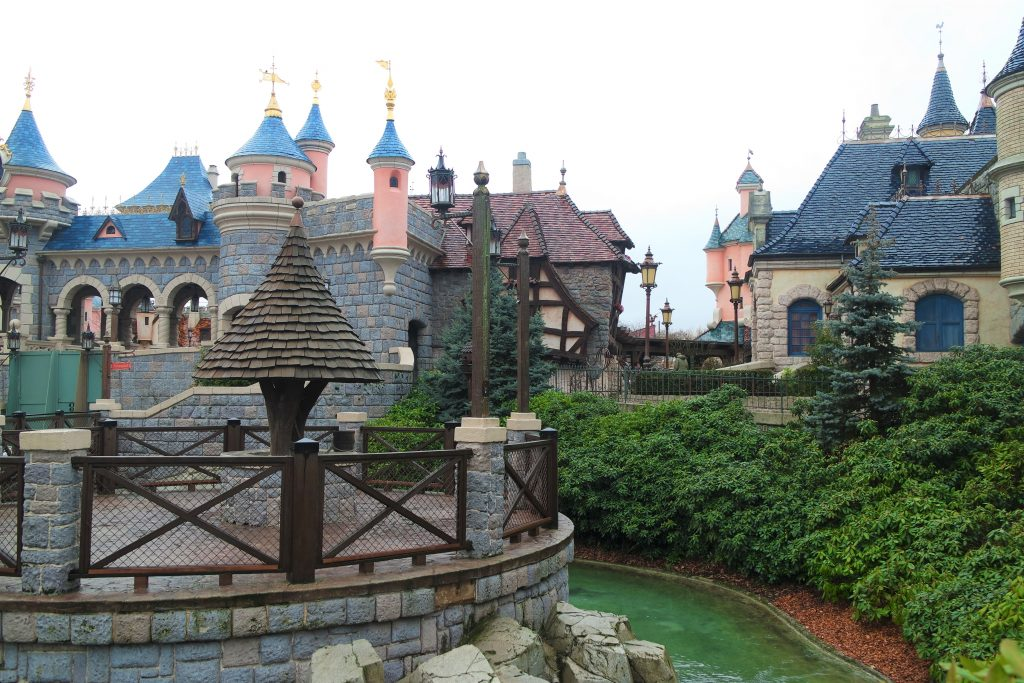 disneyland paris chateau village