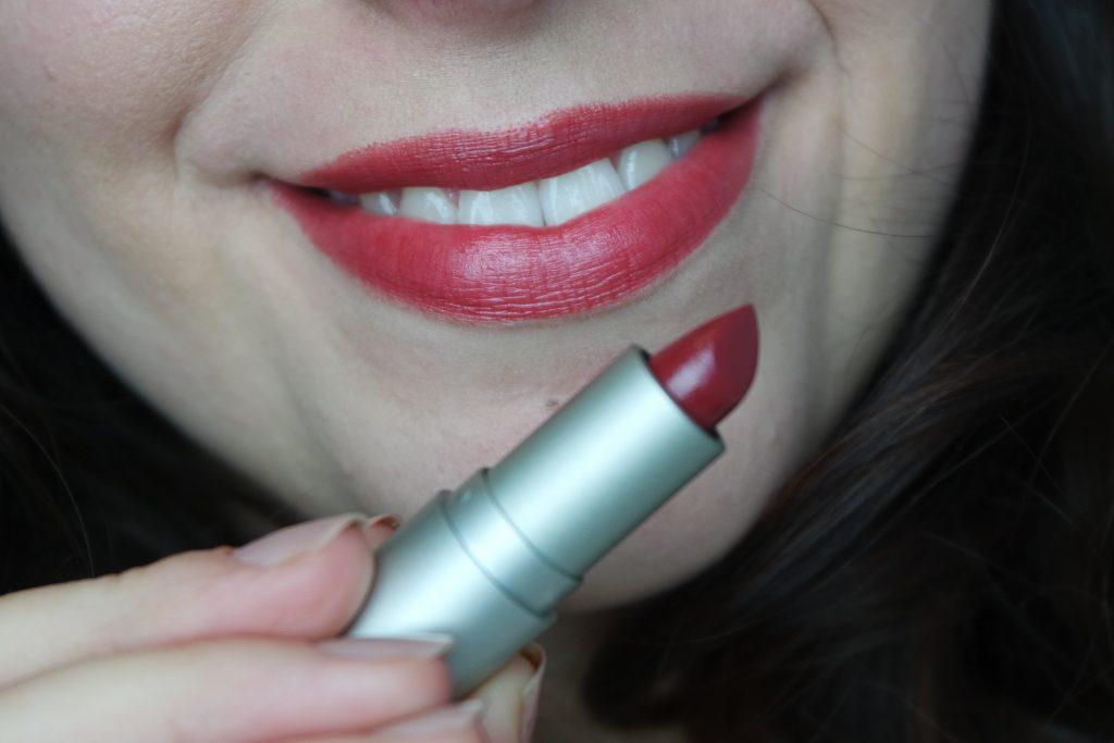femme fatale rouge à lèvre lipstick ilia beauty