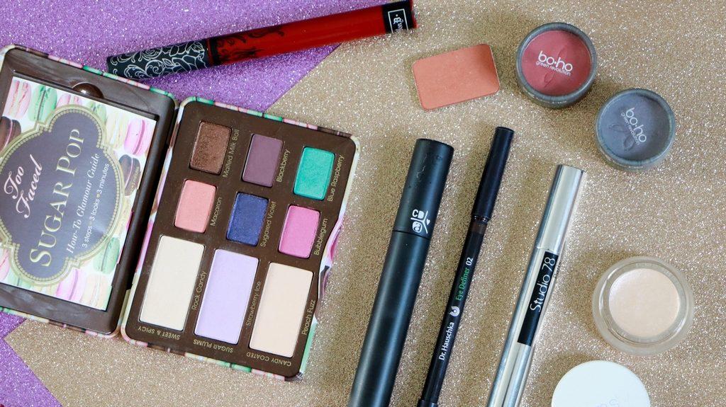 comparatif entre maquillage bio et conventionnel sur le thème de l'automne