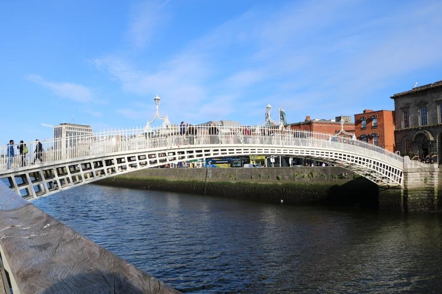 hapenny bridge dublin irlande voyage