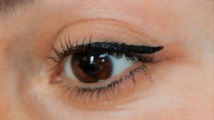 Eyeliner lovinah beauty avis swatch